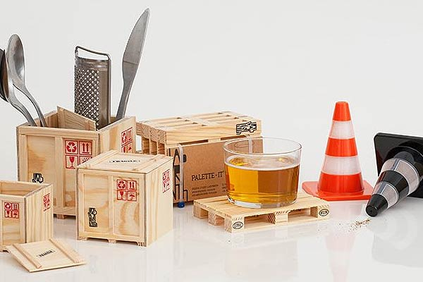 Shipping Containers Tableware Set