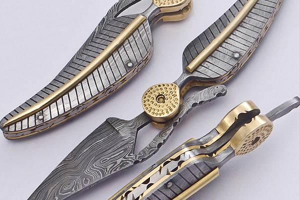 Damascus Feather Folding Knife