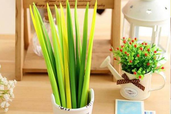 Grass Blade Leaf Ballpoint Pen