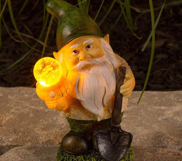 Gnome Solar Garden Light ...
