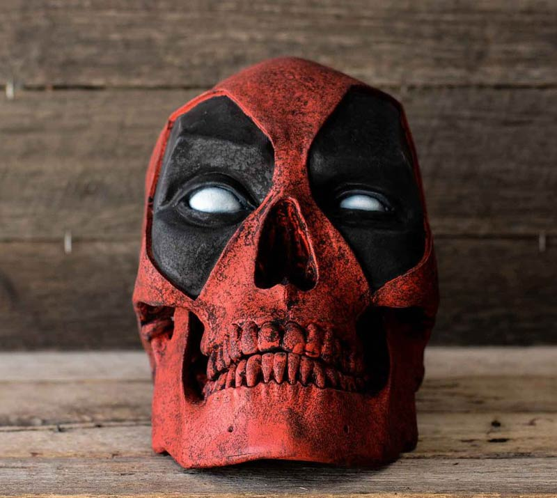 red deadpool skull