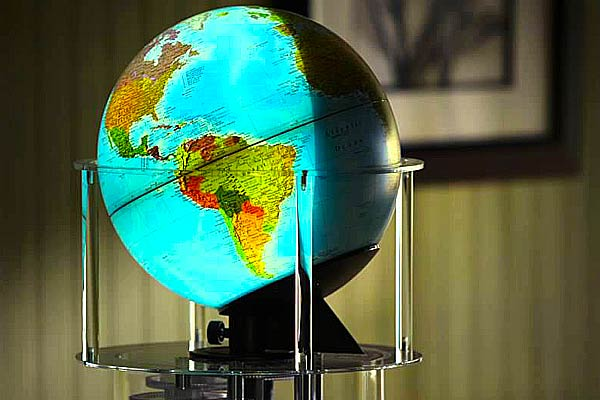 Night and Day Mechanical Globe